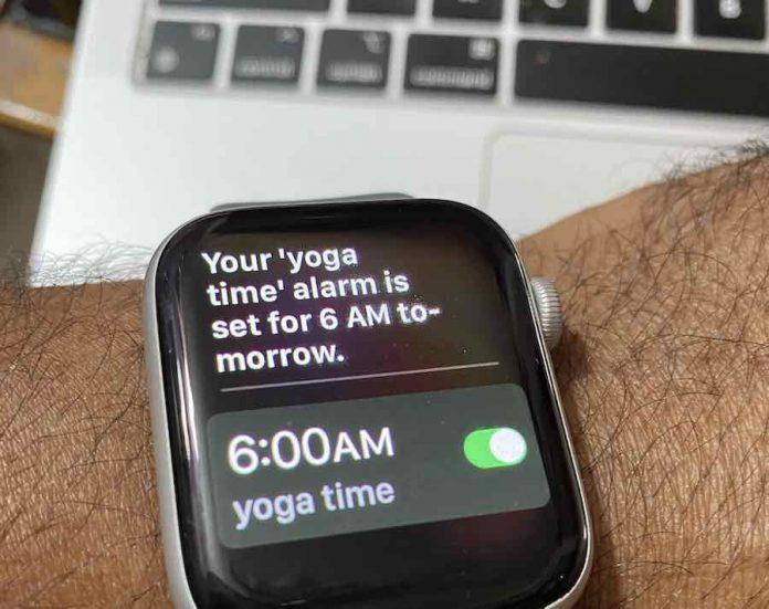 Apple Watch Alarm set using Hey Siri