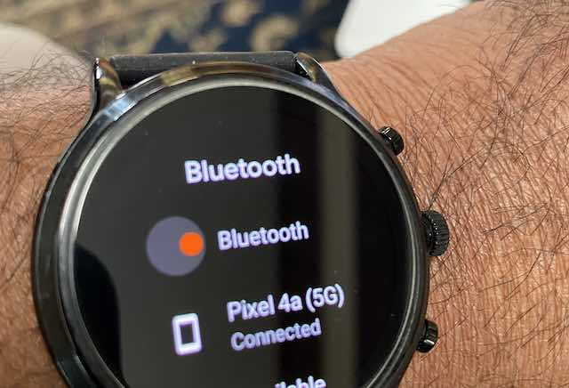 Check Fossil Gen 5 bluetooth connectivity