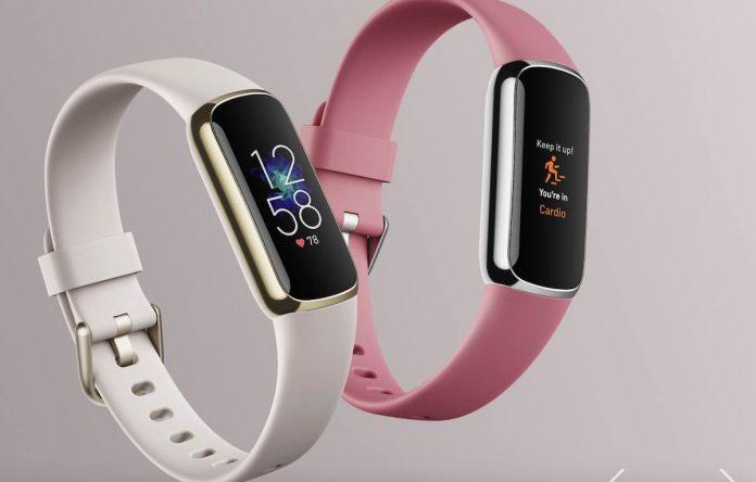 Fitbit Luxe tracker