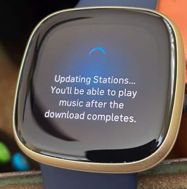 Pandora downloading music to Fitbit