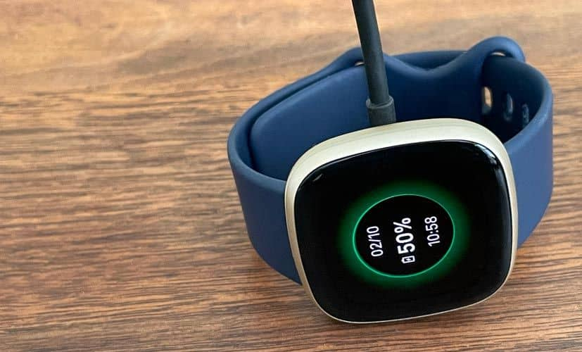 Fitbit smartwatch charging