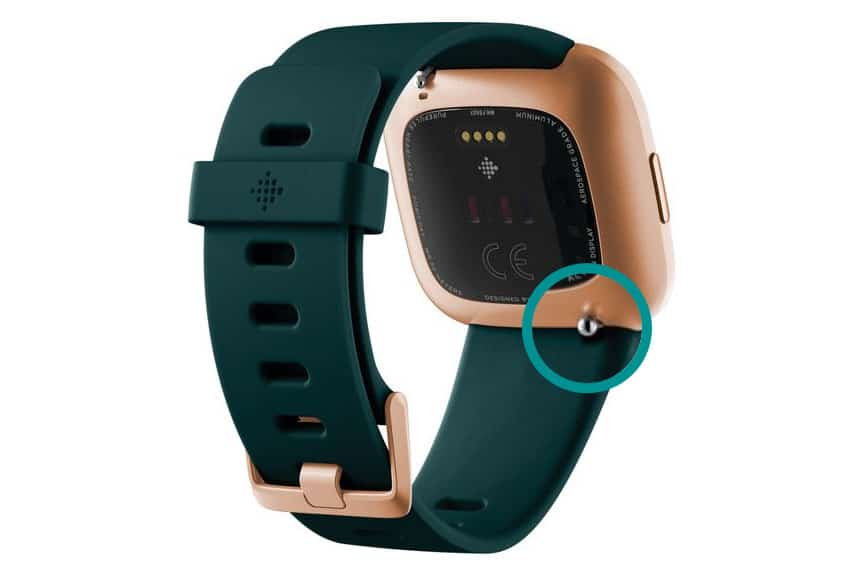 Quick release band pin on Fitbit Versa