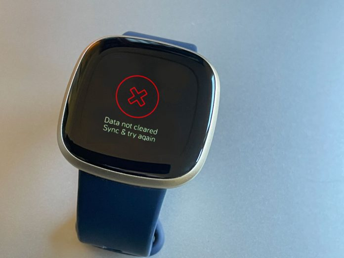 Fitbit smartwatch error data not cleared sync and try again