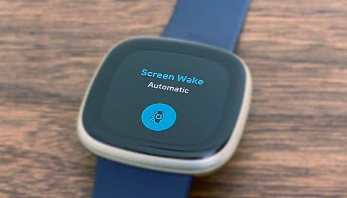 Automatic On or Motion setting for screen wake on Fitbit