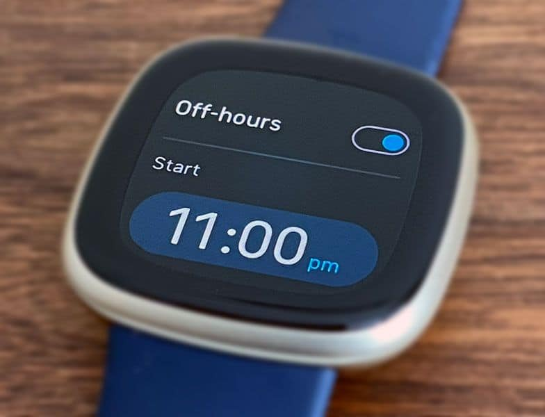 off hours scheduling toggle for Fitbit sleep mode for display