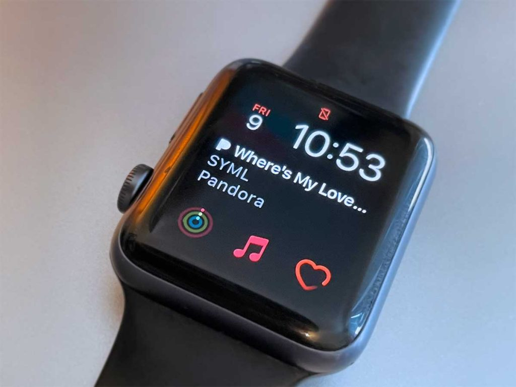 Apple watch face with Pandora complication