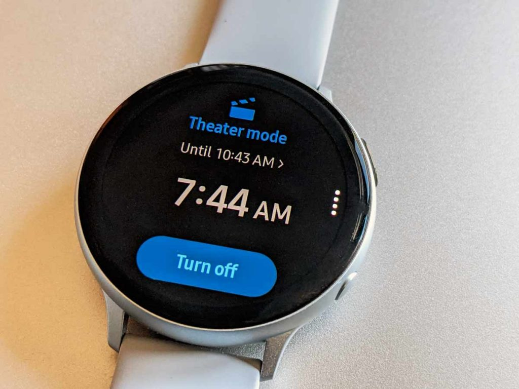 theater mode on for Samsung Galaxy watch