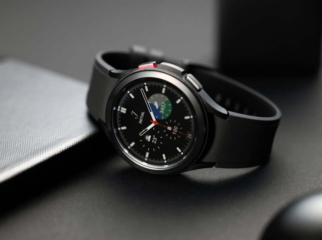 Classic model of the Samsung Galaxy Watch 4