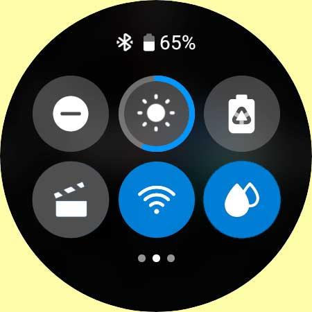 Galaxy 4 watch water lock mode in quick panel settings